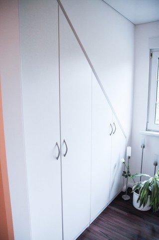 Wandschrank schräge einbauschrank